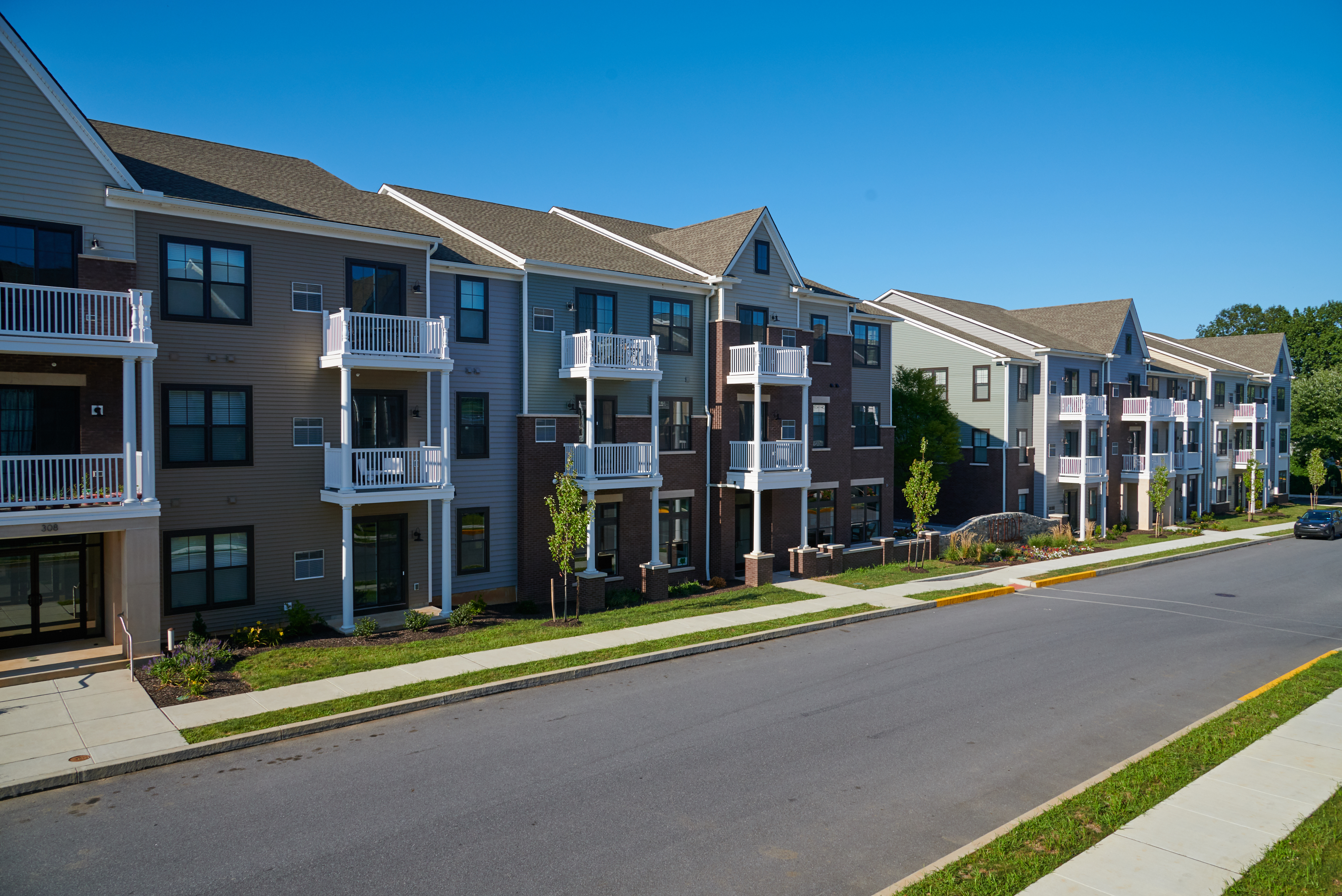 Exterior of Verde Apartments in Hummelstown, PA